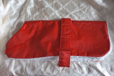 "28"" DOG COAT FLEECE LINED PENNINE WATERPROOF DOG COAT RED"